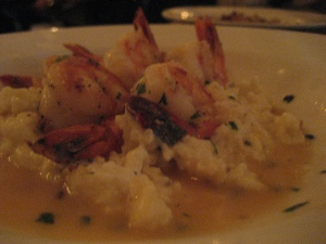 shrimp-and-cheese-grits