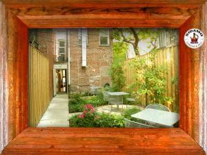 sidamo-courtyard