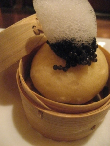 brioche-bun-with-caviar