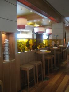 Central Bar area